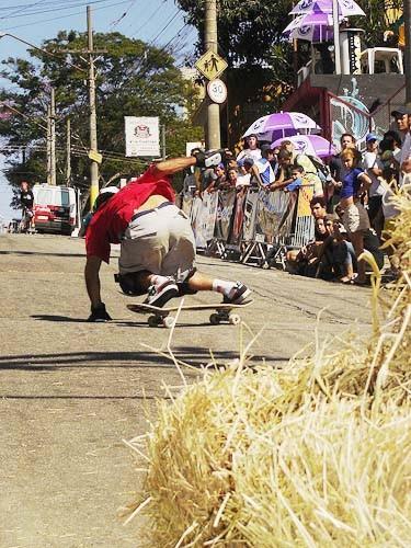 sergio-yuppie_profissional-de-downhill-slide